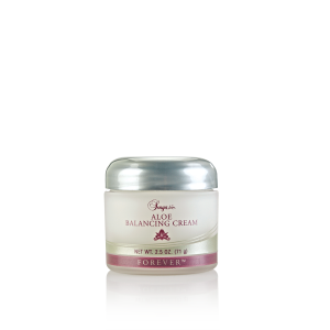 1440428282021Aloe-Balancing-Cream-Isolated